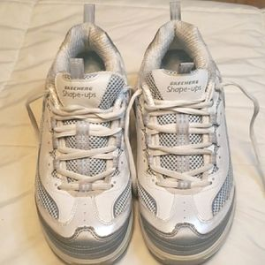 Skechers shape ups Athletic Shoes Sneakers size 9